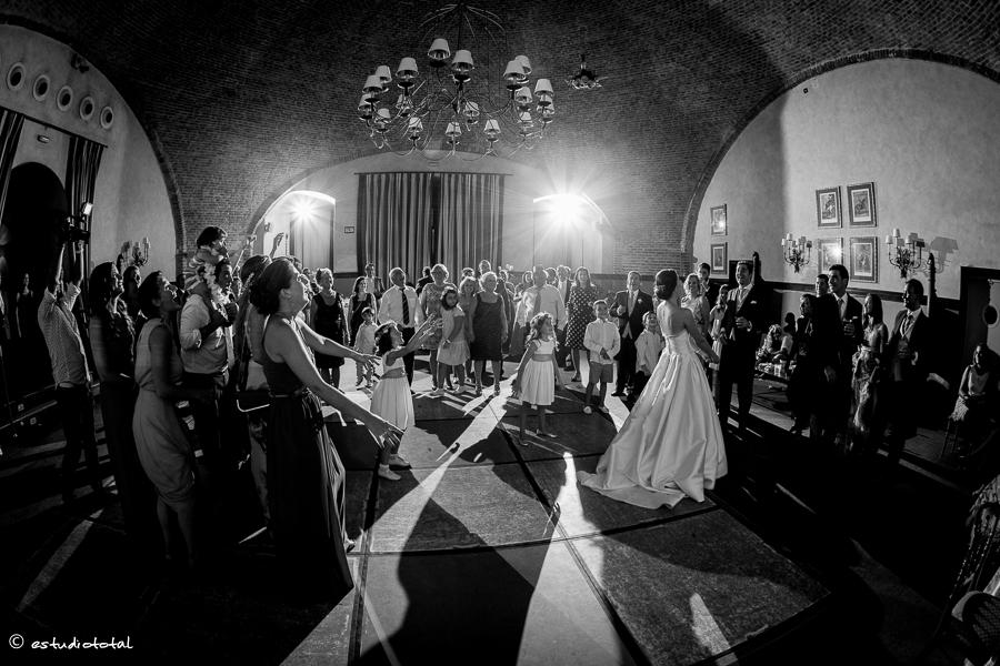fotoperiodismo_de_boda_castillo de vinuelas-47